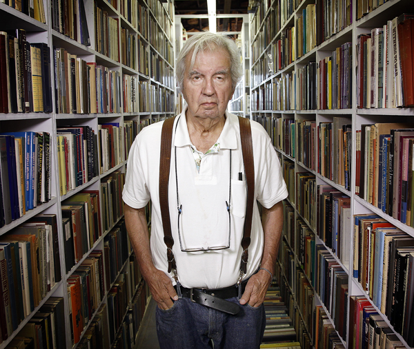 larry-mcmurtry-booked-up.jpg
