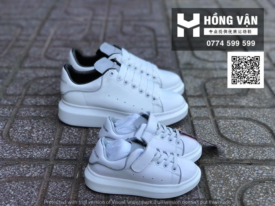 Hồng Vận - Nhà buôn sỉ giày thể thao và kèm theo những phụ kiện thể th - 19
