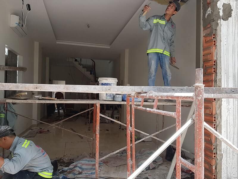 Cần phải tìm đến những dịch vụ sửa nhà uy tín để đảm bảo tính thẩm mỹ