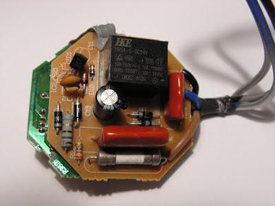 Tụ điện dùng để hạn chế hạn dòng trong mạch nguồn không sử dụng biến áp