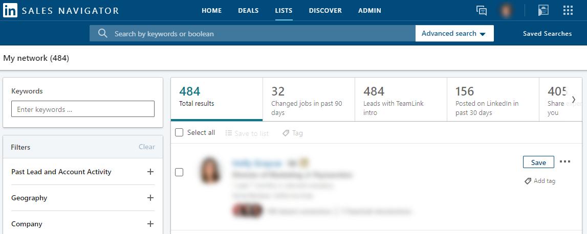 create a custom list of prospects to keep track of their status in linkedin sale navigator
