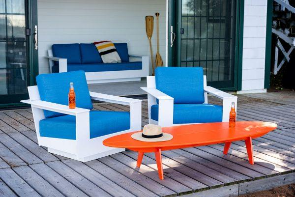 http://cdn.home-designing.com/wp-content/uploads/2021/04/oval-outdoor-coffee-table-bright-orange-eco-friendly-living-room-furniture-made-from-recycled-plastic-600x401.jpg