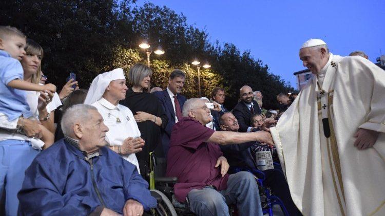 Đức Thánh Cha dâng Lễ ở Albano, 'Khi chúng ta khám phá tình yêu của Chúa Giê-su luôn đi trước chúng ta thì cuộc sống sẽ thay đổi'
