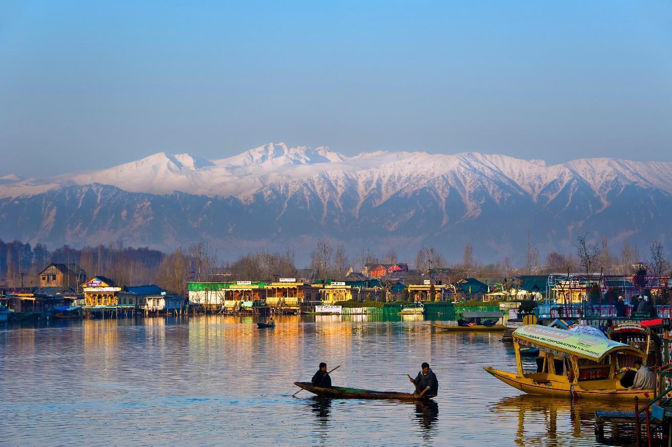 Image result for srinagar dal lake