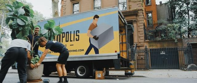 A moving company at work helping clients prepare for a long-distance move in Virginia.