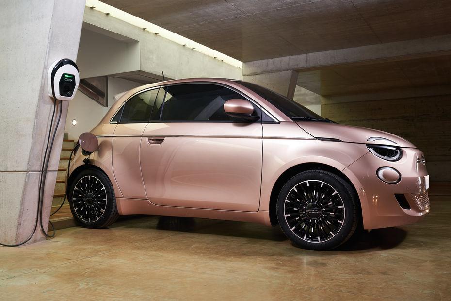 Un classique de la voiture électrique : la Fiat 500