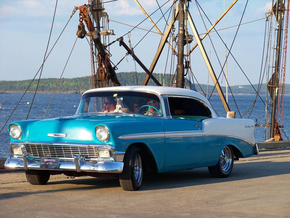 vintage-car-72263_960_720.jpg