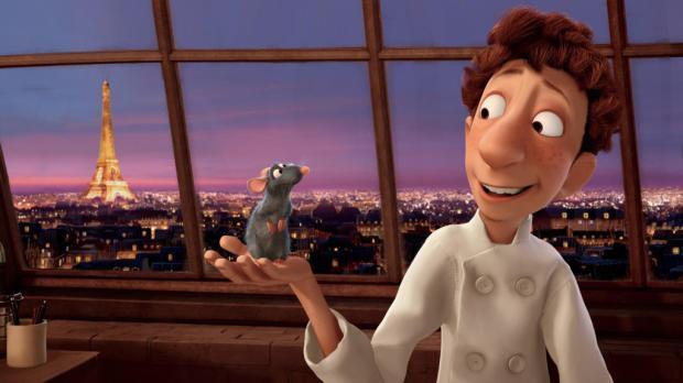 Escena en Paris de Ratatouille con uniforme de cocinero