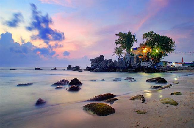 Ánh hoàng hôn hút hồn tại Dinh Cậu, Phú Quốc