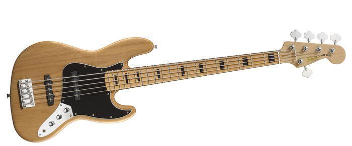 Guitar Bass của Squier