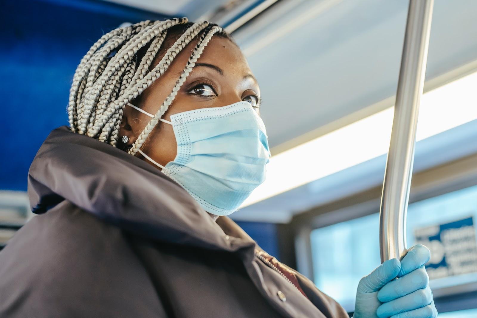 Com o novo vírus, os cuidados no transporte público foram redobrados. (Fonte: Pexels)