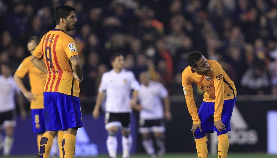 Barcelona igualó 1-1 con el Valencia y sigue de líder de la Liga española [Fotos]