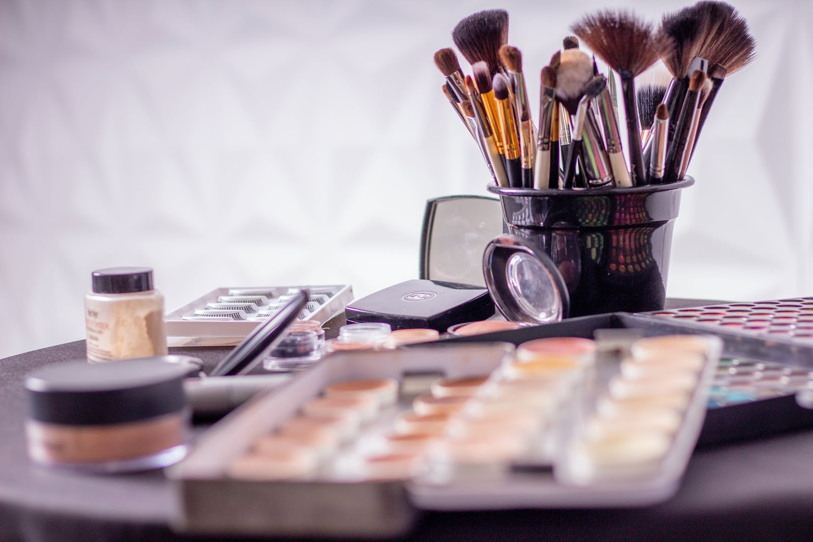 Saving Money On Your Makeup Routine