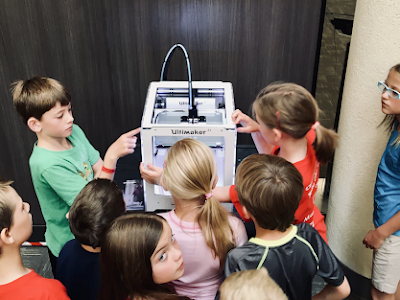 Five Reasons Why Traditional Classrooms Can No Longer Keep Up with Growing Technology Today