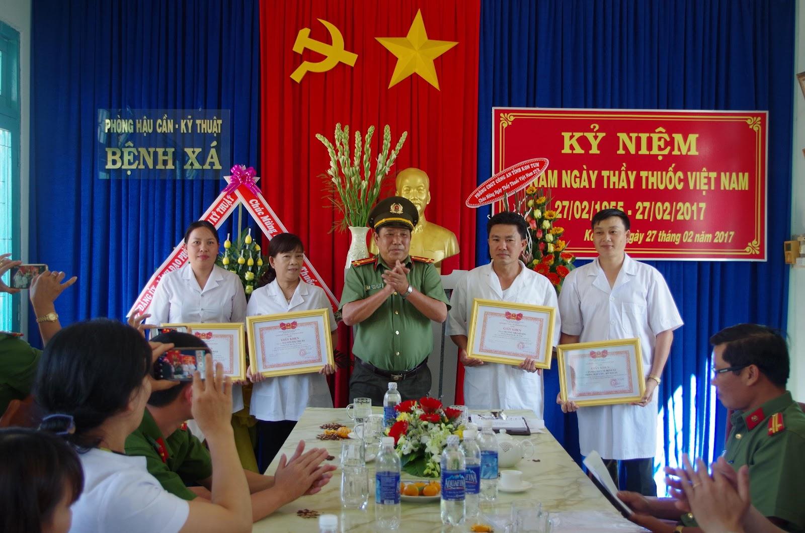 Kỷ niệm 62 năm Ngày thầy thuốc Việt Nam (27/2/1955 - 27/2/2017)
