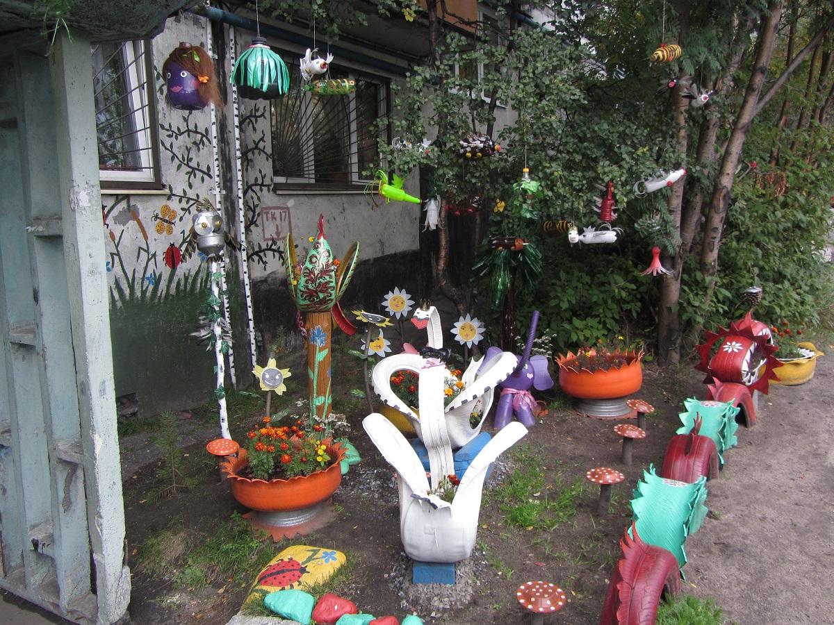 Картинки украшение двора своими руками
