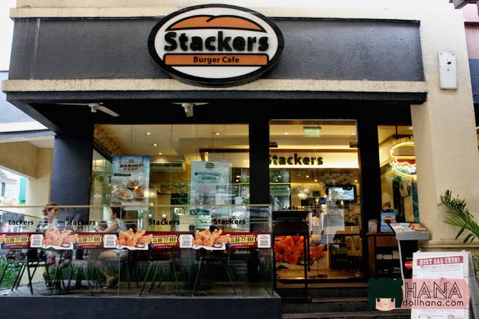 Stackers Burger Cafe baked fried chicken