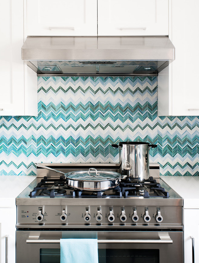 better decorating bible - backsplash-blue-white-cheveron-better-decorating-bible-blog-ideas-how-to-tiles-stove-aboe-eclectic-kitchen.jpg