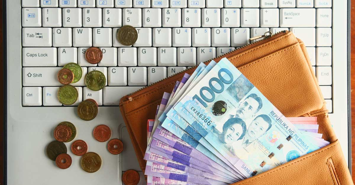 Earnings on a laptop from skills gathered from Online class in the Philippines