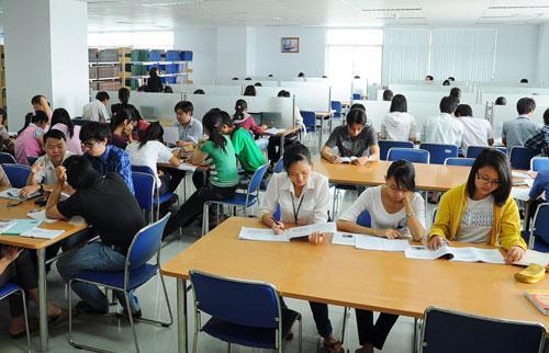 Thuê nhân sự văn phòng tại Vĩnh Long giúp doanh nghiệp giảm thiểu chi phí quản lý