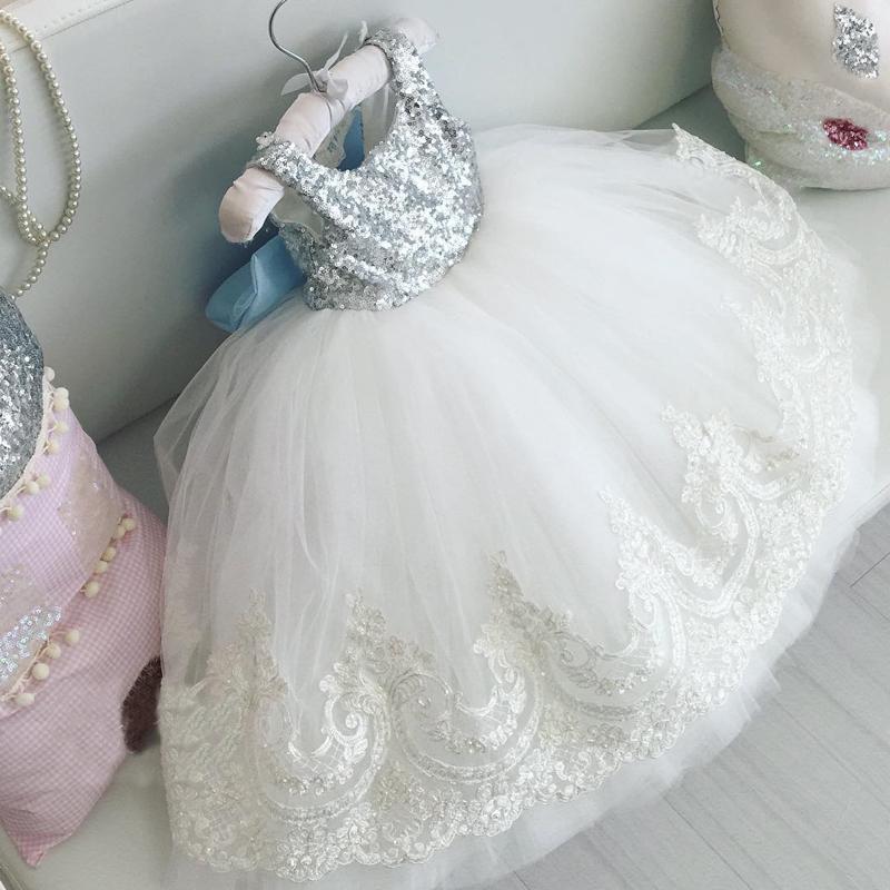 Sukienki dziewczęce z tiulem