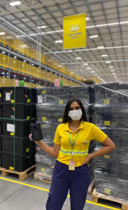 Jeyele de Lima Moura, 22 anos. Conseguiu emprego no Mercado Livre depois de fazer um curso de capacitação na própria empresa Acervo pessoal Foto: .