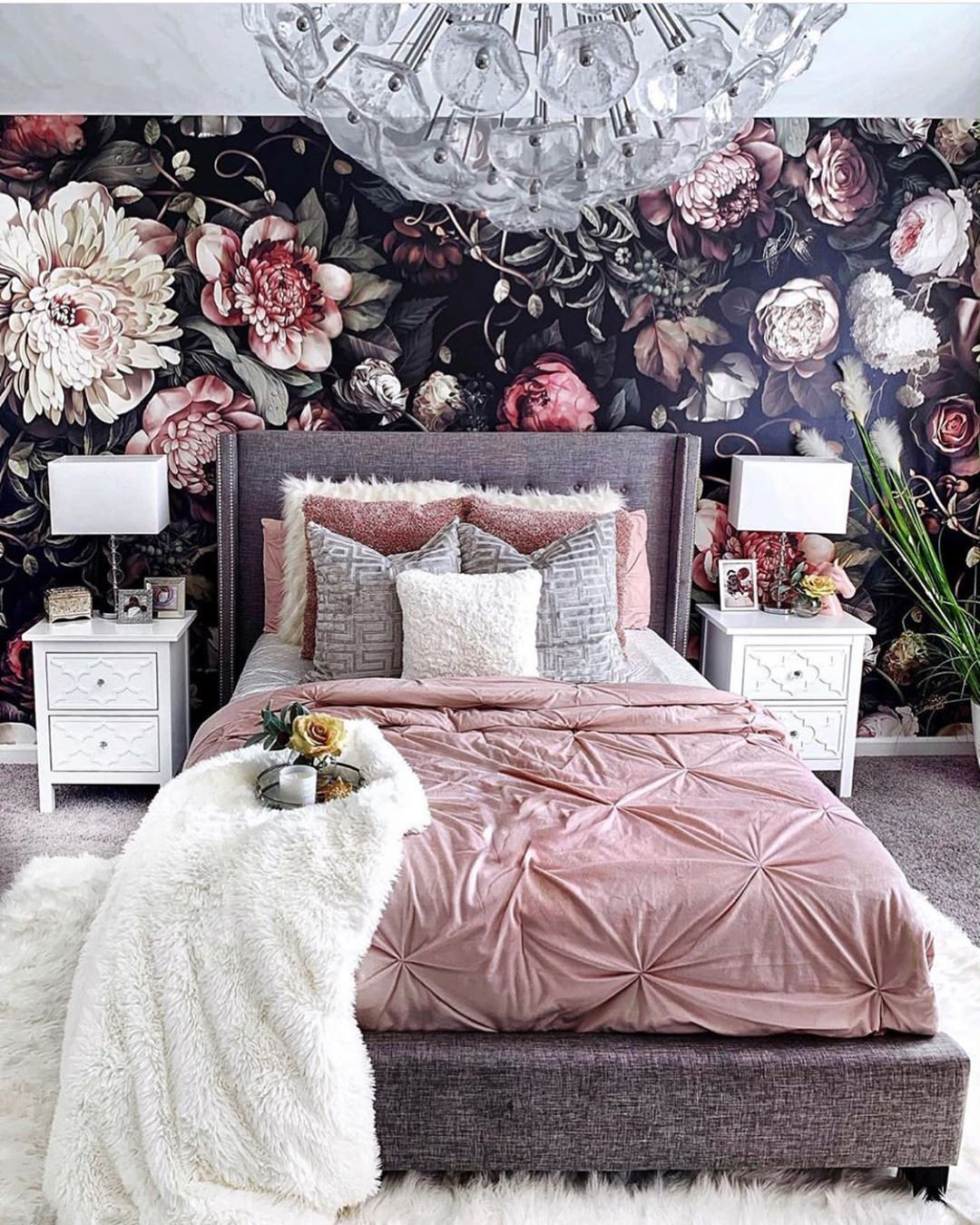 Mix and Max Colorful Cozy Bedroom