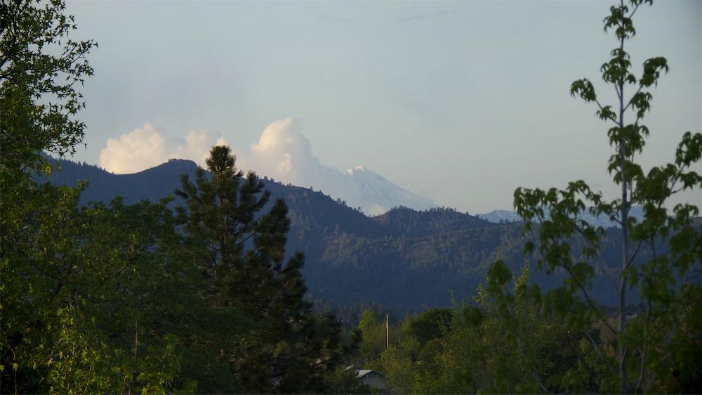 Shasta Cloud.jpg