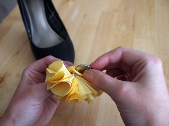 手作發光小黃花,替穿搭來點不一樣的風格!
