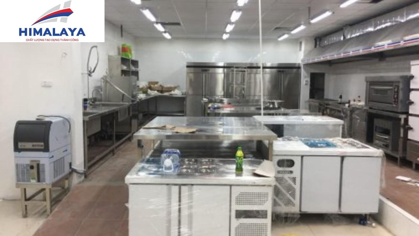 hình ảnh Tìm hiểu tủ nấu cơm công nghiệp và những thiết bị nhà bếp cần thiết - số 1