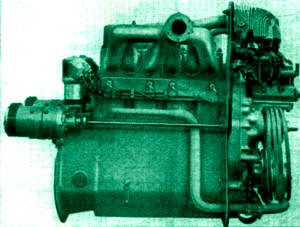 LT vz. 35 - motor Škoda T-11_0.jpg