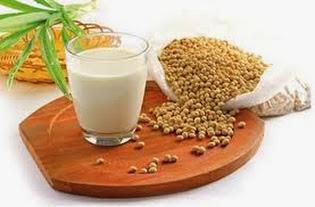 Trị mụn đầu đen hiệu quả với sữa đậu nành