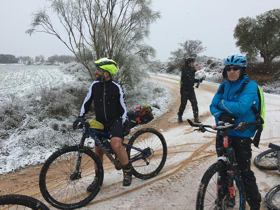 C:\Users\ana\Documents\bici\post abrigarse en invierno\29342968_10155561899758507_3568131853103661056_n.jpg
