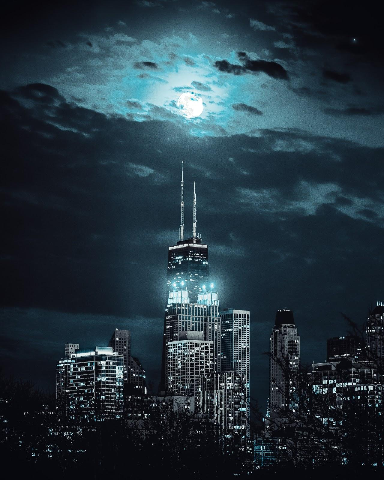 picture of skyscrapers at night