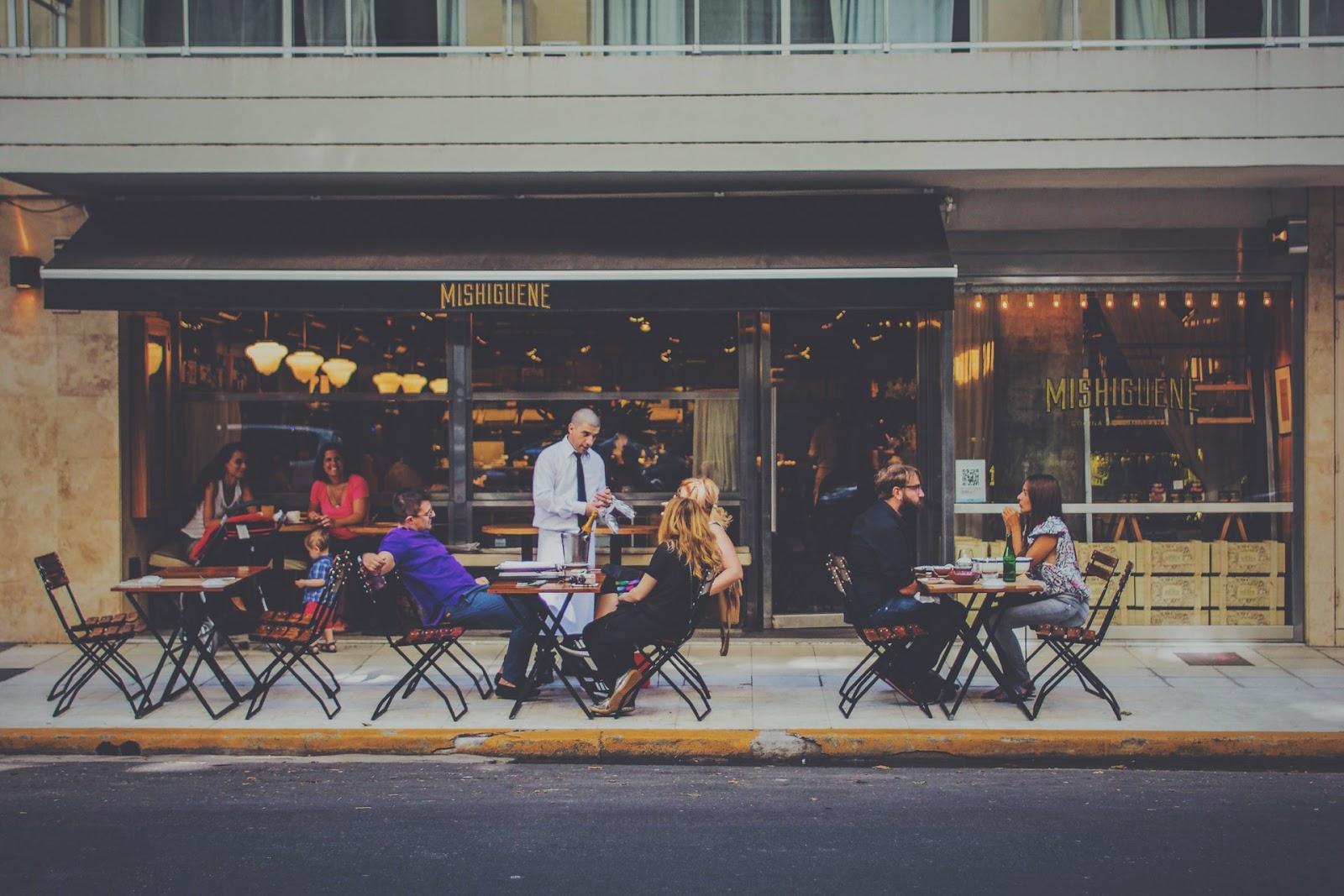 Ausbildung zum Restaurantfachmann und zur Restaurantfachfrau