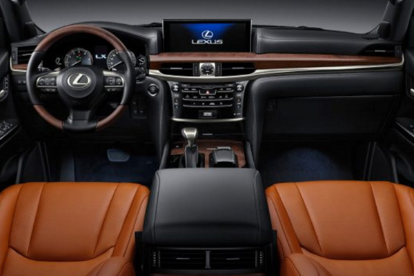 cabin-of-the-Lexus-GX-2020