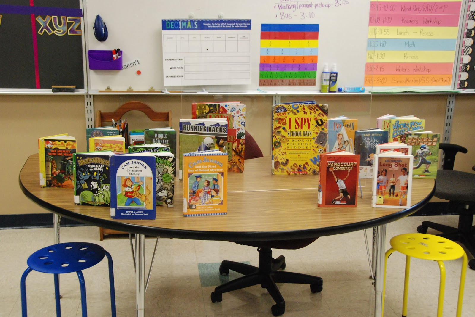 Books in Teacher Nichole's classroom