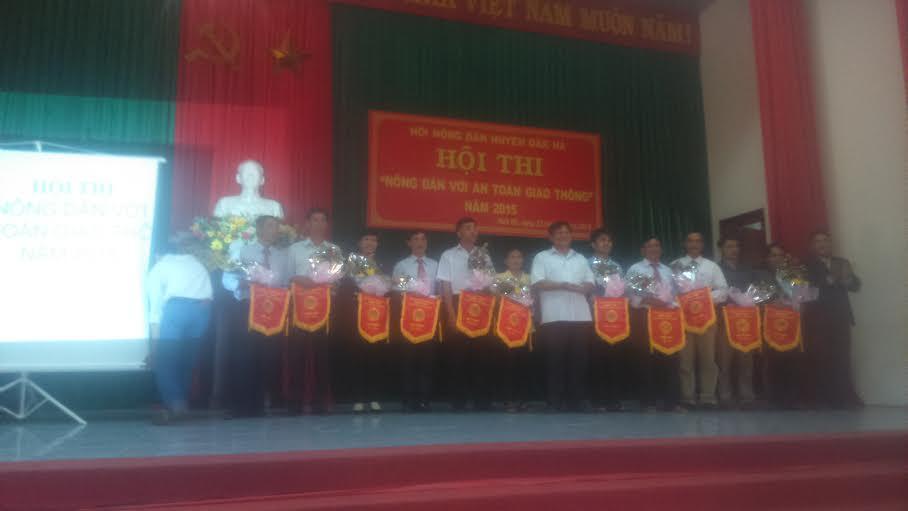 """Đăk Hà tổ chức hội thi """"Nông dân với An toàn giao thông"""""""