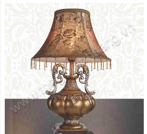 Đèn bàn ngủ đồng của Thế giới ánh sáng