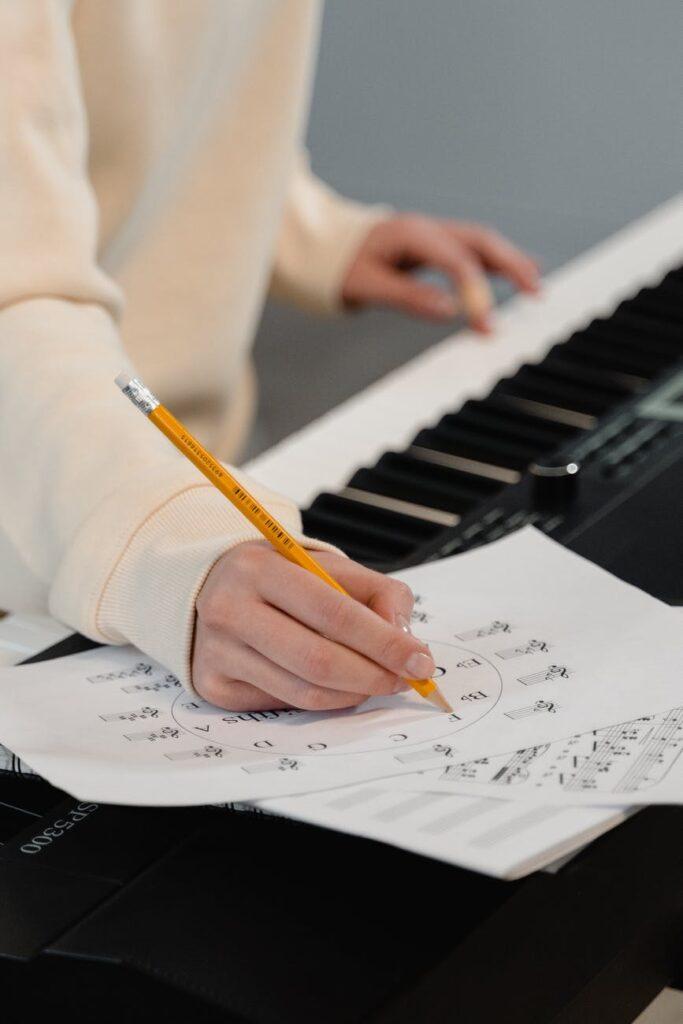 La rearmonización también puede ser usada en el teclado