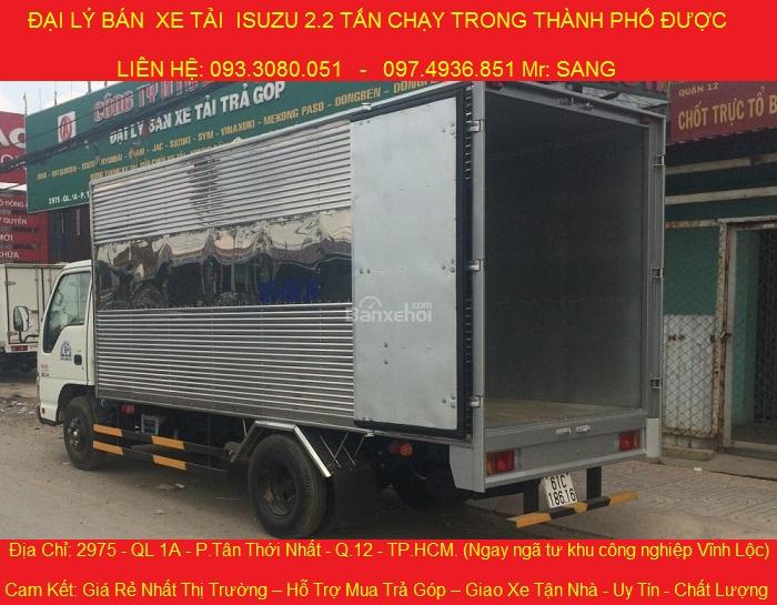 xe tải isuzu 2t2 thùng kín giá tốt.jpg