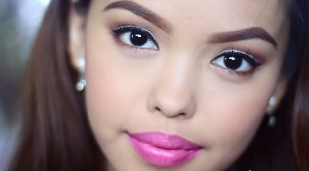 Look Great with Easy Graduation Makeup | Graduation Makeup Tutorials by http://www.makeuptutorials.com/makeup-tutorials-graduation-beauty-ideas