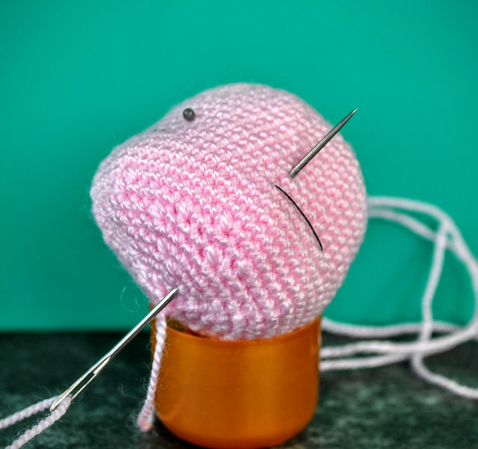 How to Add Faces to Amigurumi: Crochet Eyes and Eyelids | Squirrel ... | 1504x1600