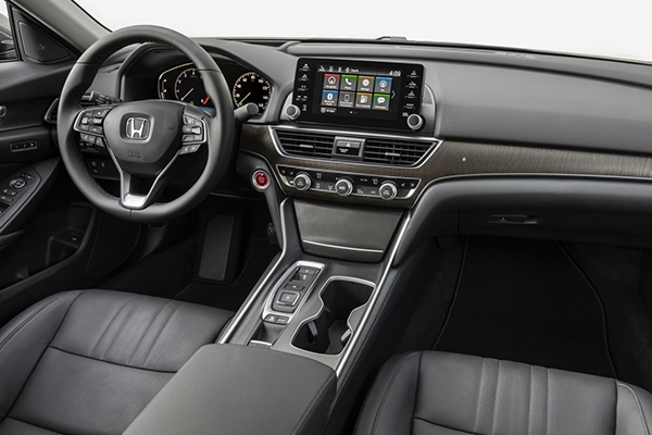 2020-Honda-Accord-interior