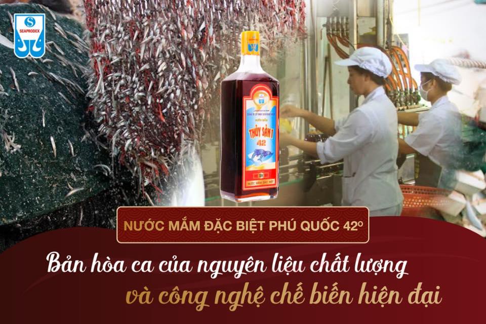 nuoc-mam-phu-quoc-42-do-dam-hoa-ca-nguyen-lieu-cong-nghe-che-bien