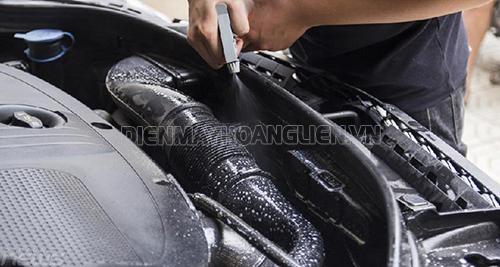 Kinh nghiệm tự rửa máy xe ô tô - Hoàng Liên