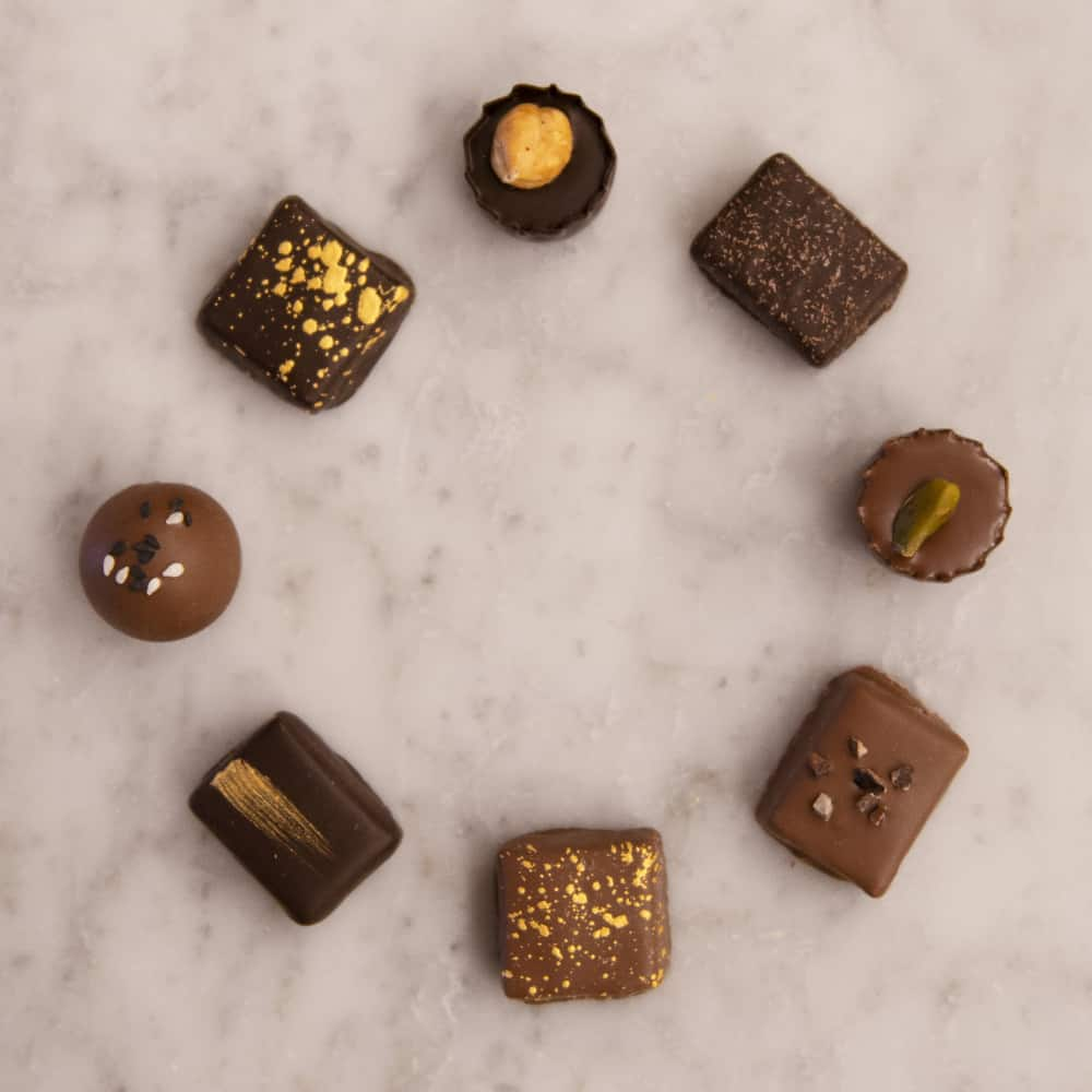 Quirky Chocolate Ideas; Different kinds of chocolate placed in a circle.