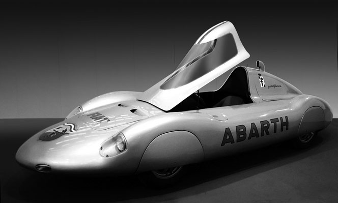 U_57_763201559094_IW_1960_Pininfarina_Abarth_1000_Record_Car_06.jpg