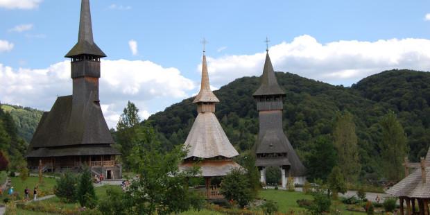 Hành trình qua những ngôi nhà thờ gỗ của vùng Maramures, Romania