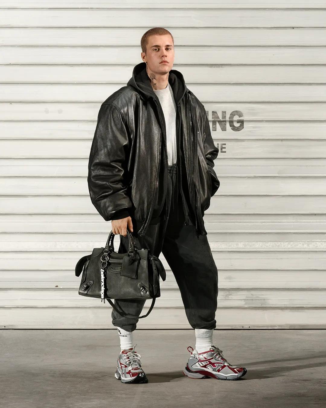 Justin Bieber là ngôi sao trong chiến dịch mới nhất của Balenciaga